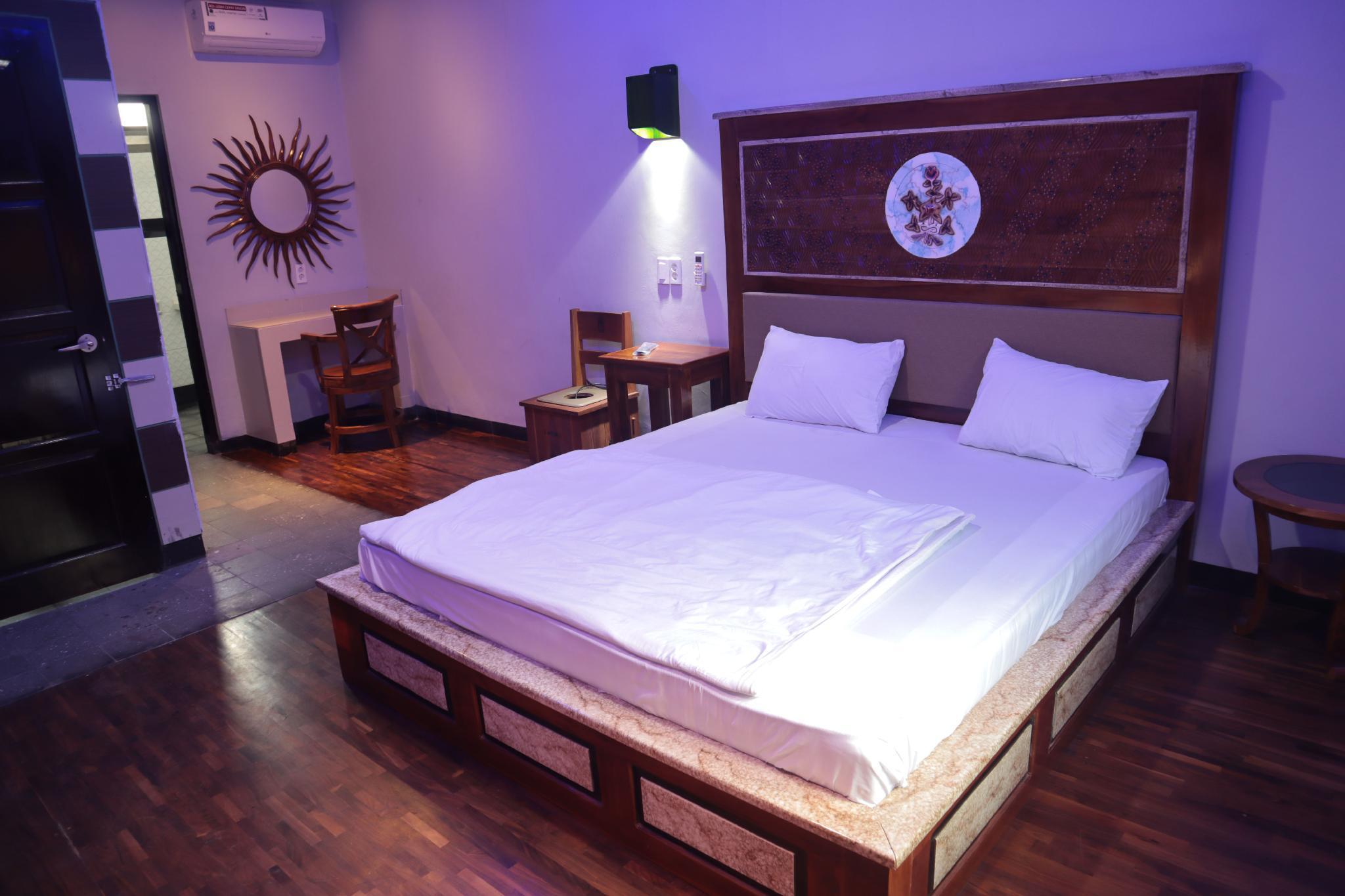 Capital O 2622 Hotel Karasak Santun