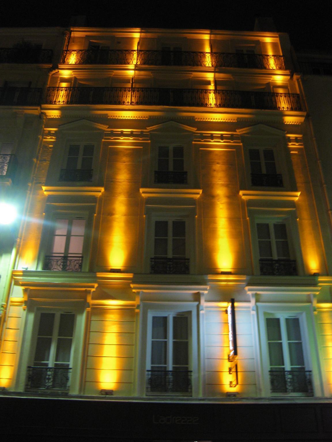 L'Adresse Hotel