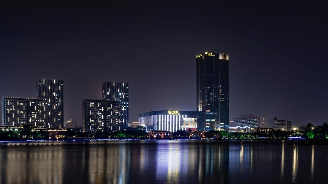 Yancheng Golden Eagle Fashion Hotel