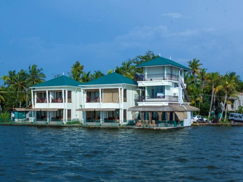 Kadavil Lakeshore Resort Reviews