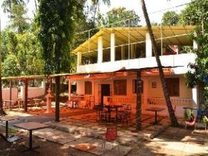 Baga Paradise Hotel