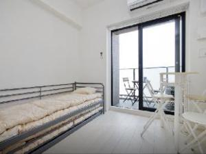 Osaka Hills Apartment