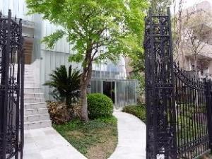 Yotsuya Mayflower House Guesthouse
