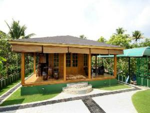 Woodhive Serviced Villa
