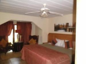 Villa Palmeira Guest House