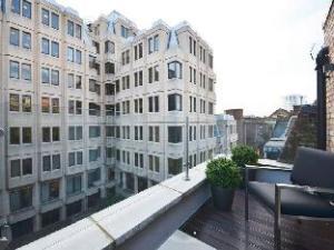 อูเบอร์ แมคนิฟิเซนต์ โคเวนต์ การ์เดน เพนท์เฮาส์ (Uber Magnificent Covent Garden Penthouse)