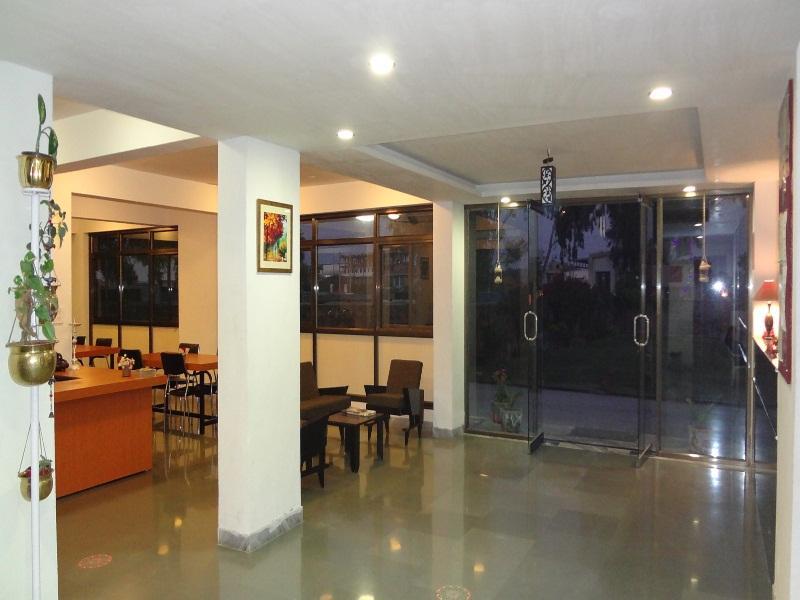 SNP House Airport Hotel & Restaurant