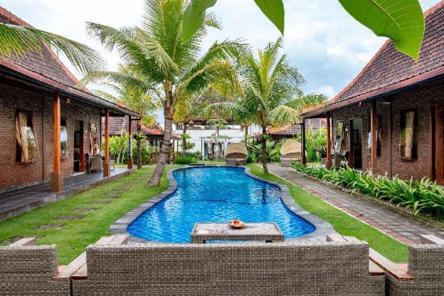 Sea Medewi Resort