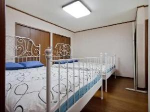 4 베드룸 하우스 인 난바 도톤보리  (4 Bedroom House In Namba Dotombori)