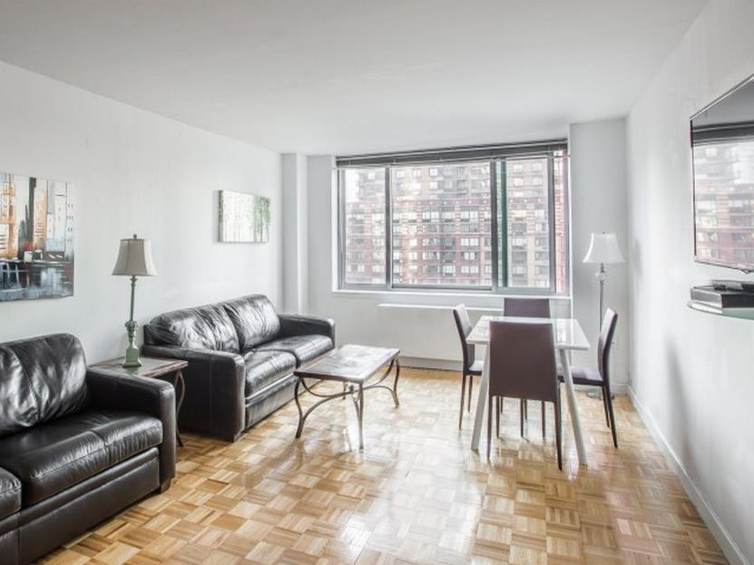 Lincoln Center One Bedroom Suite