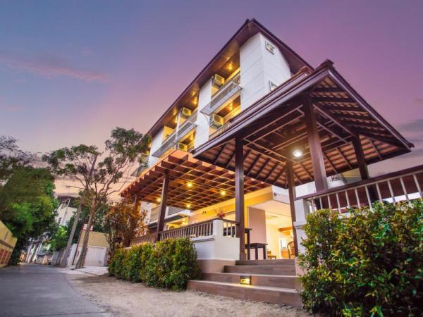Rendezvous Classic House Chiang Mai