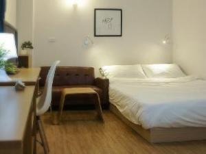54 Condo Hostel
