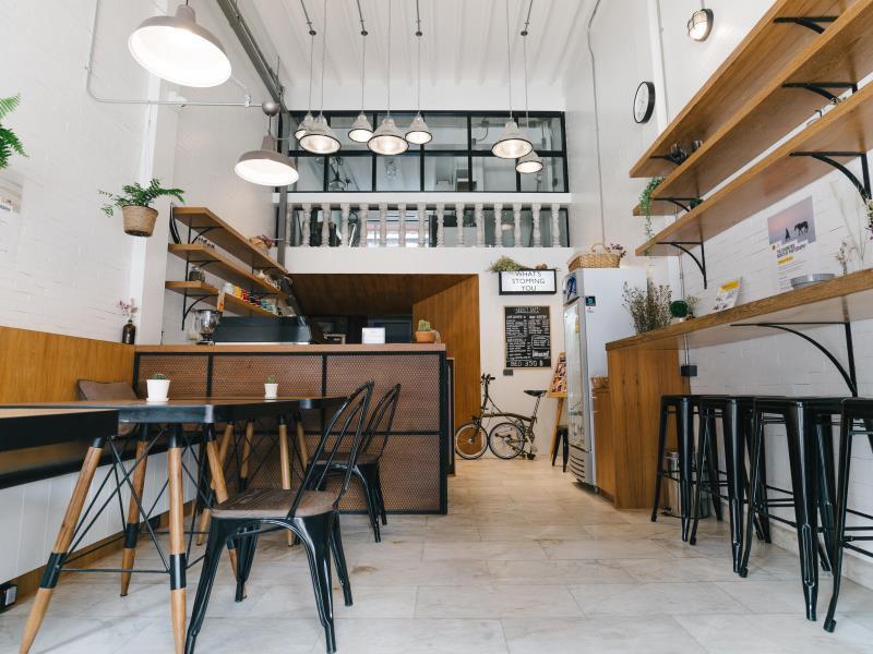 รีวิว เบด แอดดิคต์ โฮสเทล มัลติพลาย คาเฟ่ (Bed Addict Hostel x Cafe) CR Pantip