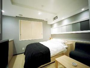 Hotel Woo