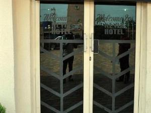 Keviz Hotels