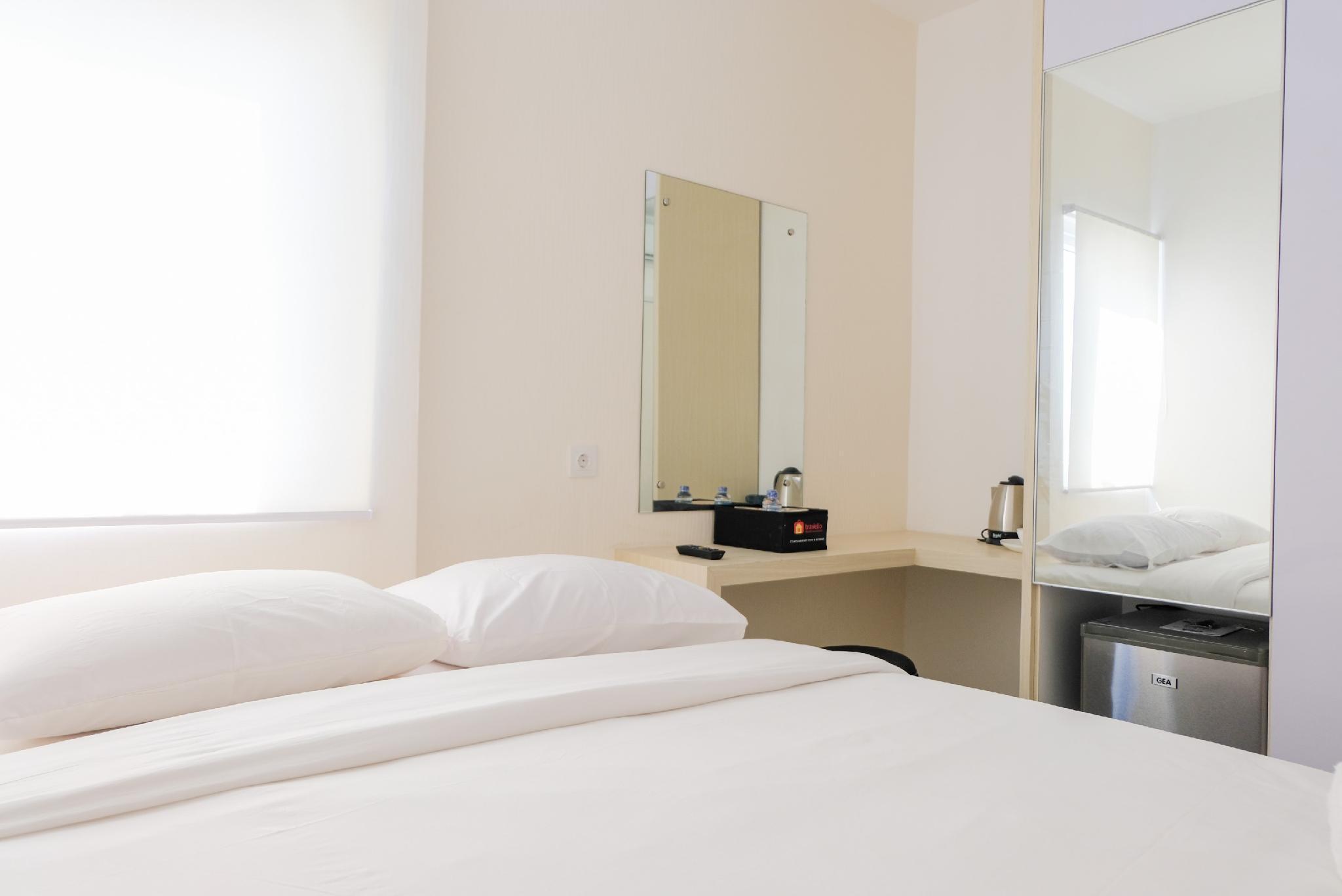 Comfortable Studio Aeropolis Residence By Travelio