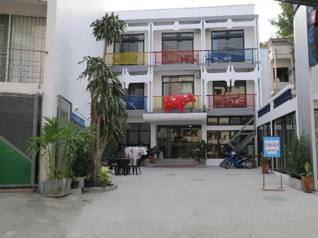 โรงแรมมณฑา – Hotel Montha
