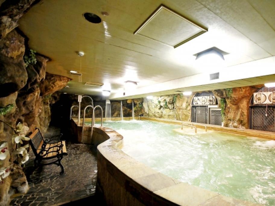 Green City Hotel 5