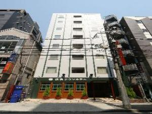 關於橫濱城鎮飯店 (Yokohama Town Hotel)