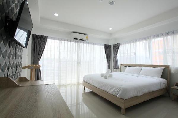 Living by Grace Phuket