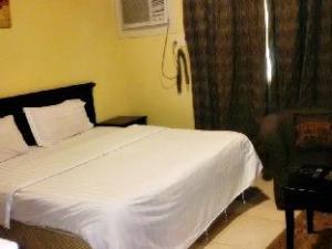 Sahara Al Aqrabiya 2 Hotel Apartments