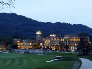 Ka CEO Vacation Hotel Pujiang Daxigu branch
