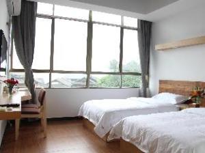 PingAn TravellingWith Hostel