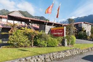 Heartland Hotel Glacier Country