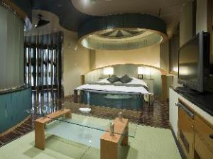 Allure Shiga - Adult Only