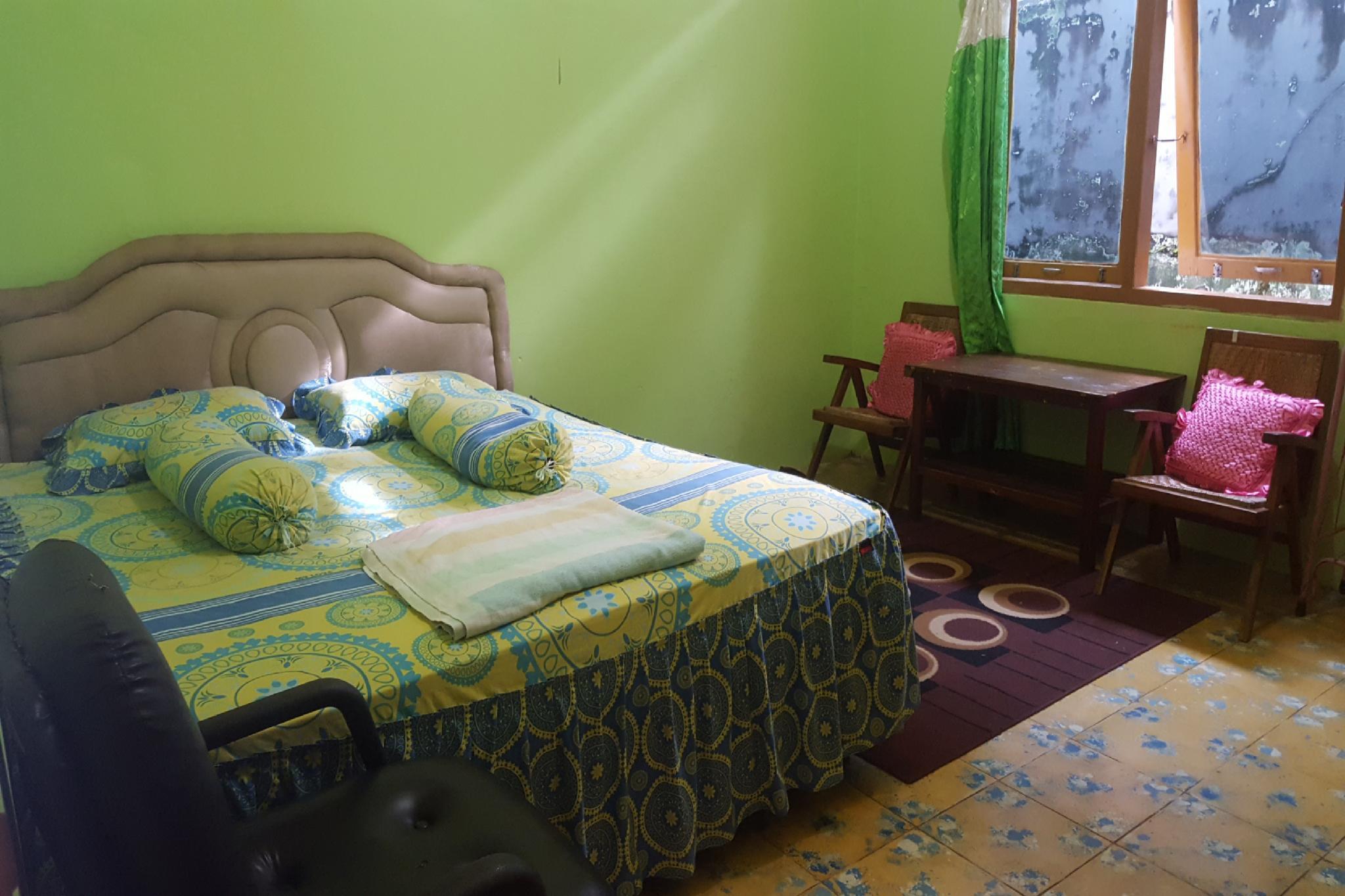 SPOT ON 2825 Hotel Mutiara