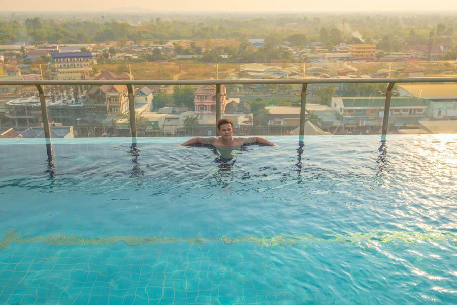Hak Huot Hotel