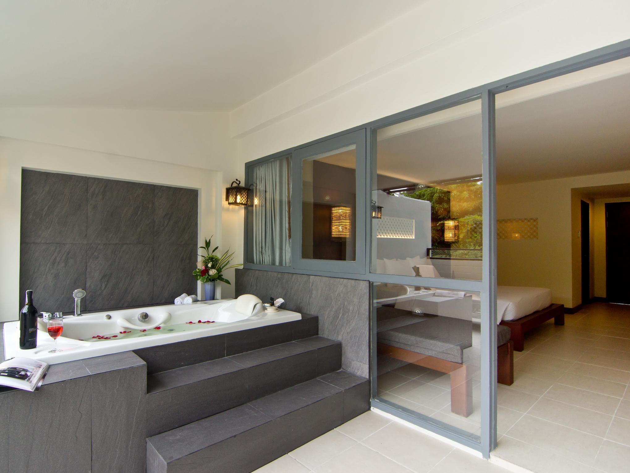 Sunshine Garden Resort ซันไชน์ การ์เดน รีสอร์ท