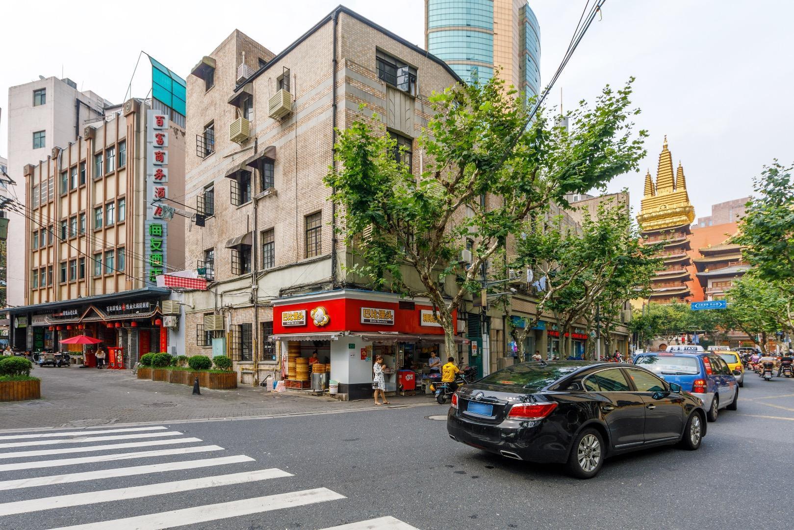 Hi Inn Shangai Jingan Temple Metro Station