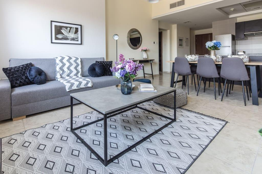 Top Rank 2BR In Trendy Jumeirah Village Triangle