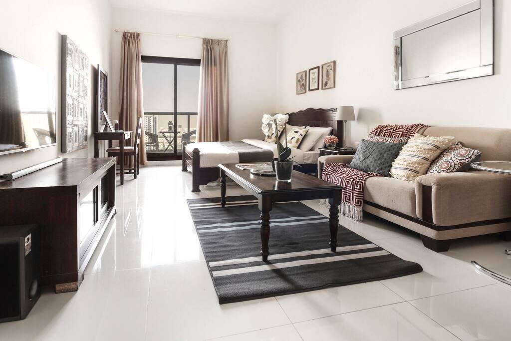 Spacious Studio In The Heart Of Sports City