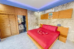 Lanta K Home , Deluxe Room With Balcony 1 ห้องนอน 1 ห้องน้ำส่วนตัว ขนาด 30 ตร.ม. – หาดคลองนิน