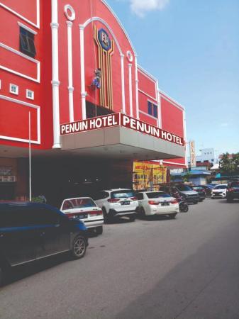 Penuin Hotel Batam