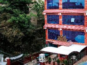 Boudha Inn