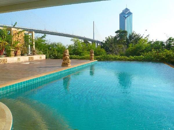 Nice 1BR Apt, Riverside and close to Asiatique Bangkok