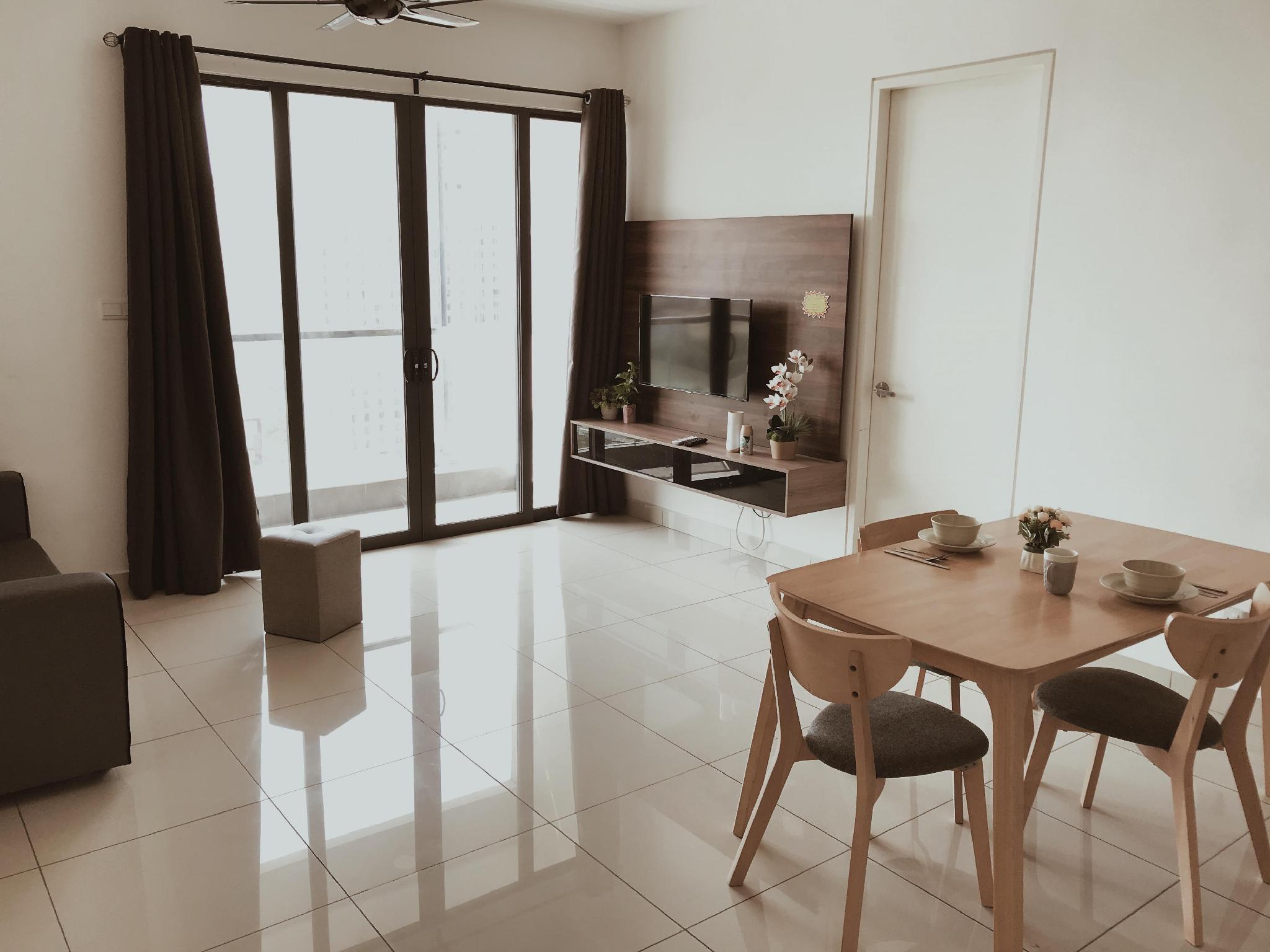 Premium Seaview Woodsbury Suites @ Butterworth