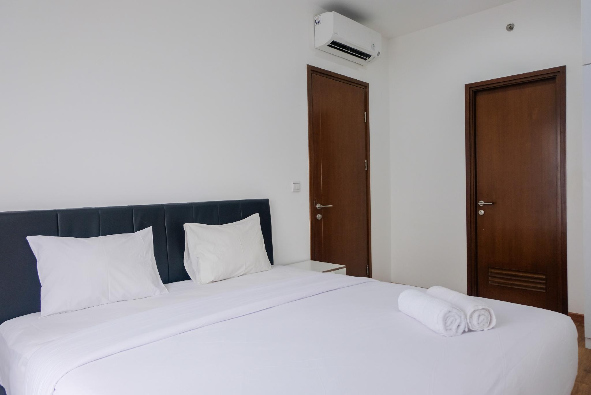 Graceful 1BR Apt At M Town Signature By Travelio
