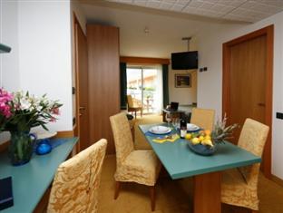 Hotel Ambassador Suite