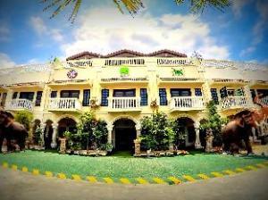 Domrai Boutique Resort