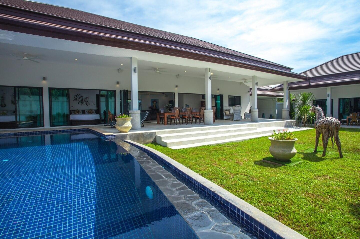 High Standing Villa For Family With Pool