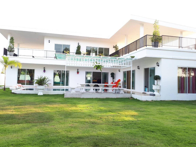 Villa Rim Bueng 6 Bedrooms
