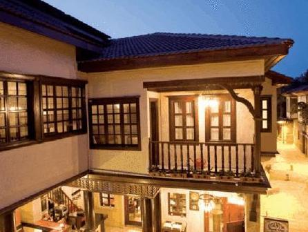 Otantik Bavarian Hotel