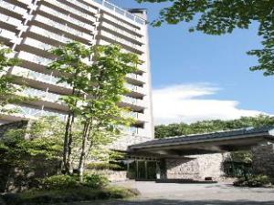 Villa Kitakaruizawa L-Wing