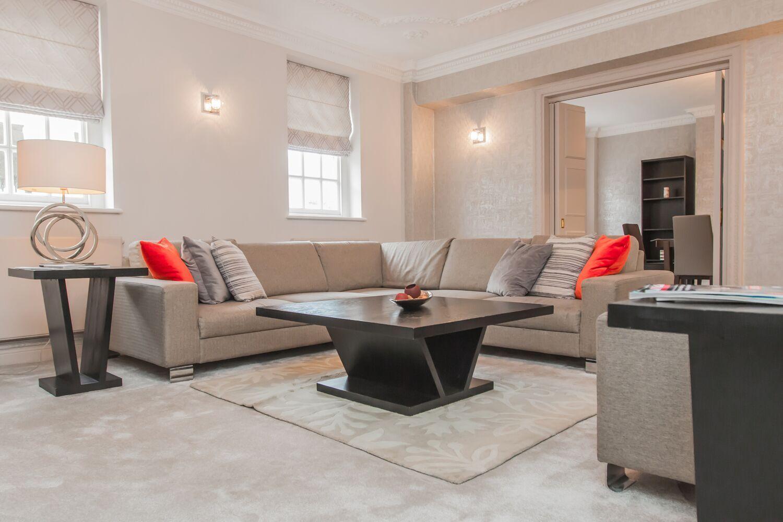 North Audley Street Elegant 3 Bedroom