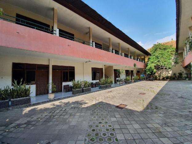 OYO 2992 Hotel Likita