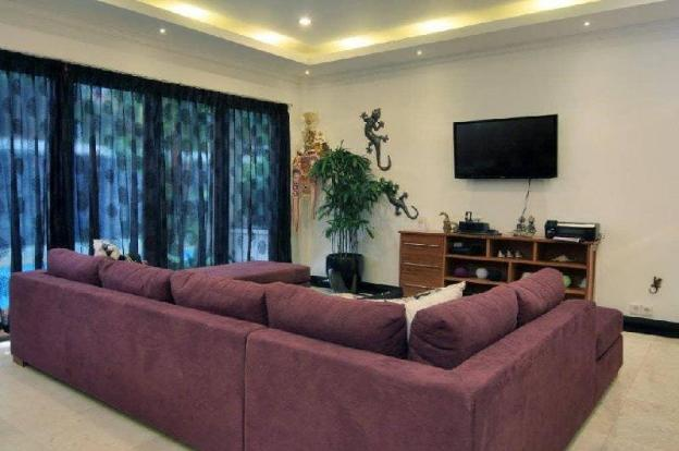 Modern, Tranquil Retreat in the Heart of Seminyak